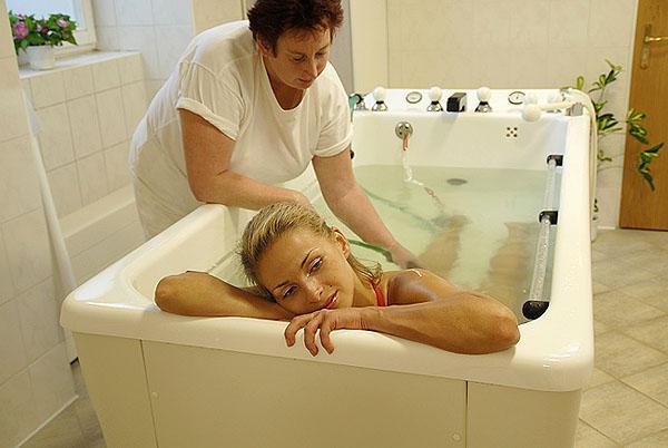 Скипидарные ванны, раскрываем пользу терпентинного масла