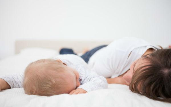 Совместный сон с малышом: хитрости и нюансы