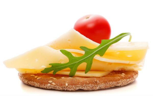 5 вредных продуктов, которые можно давать ребенку