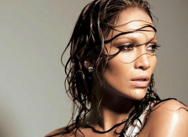 Как «укротить» волосы при влажной погоде