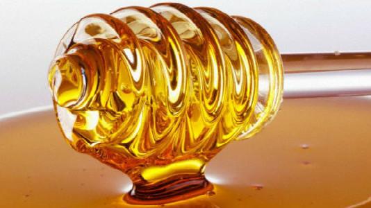 Очищение с помощью медовой воды