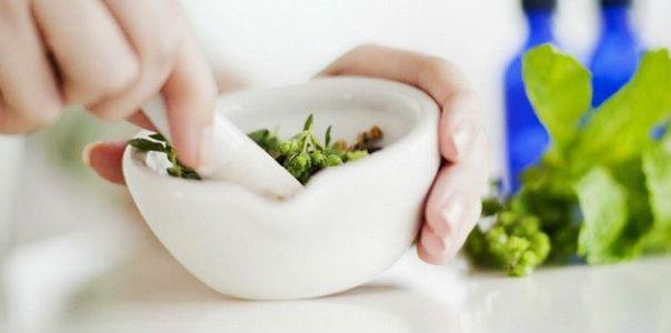8 рецептов мазей от остеохондроза