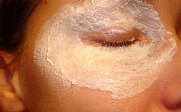 Как эффективно и безболезненно убрать глубокие морщины