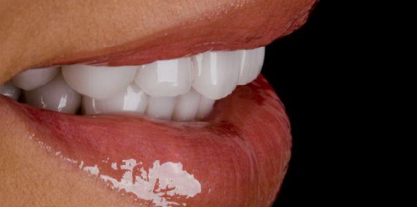 Продукты, которые вредят белизне зубов