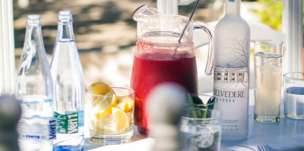 Отказ от алкоголя и сахара на месяц может вернуть молодость