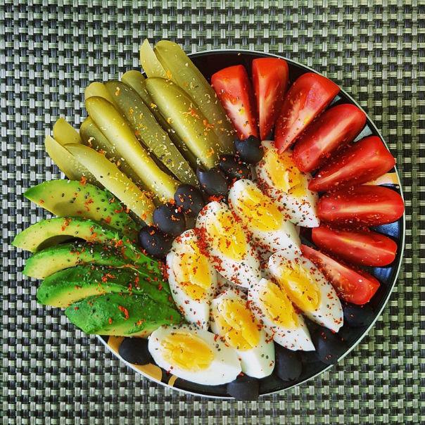 Косточка плода авокадо-2
